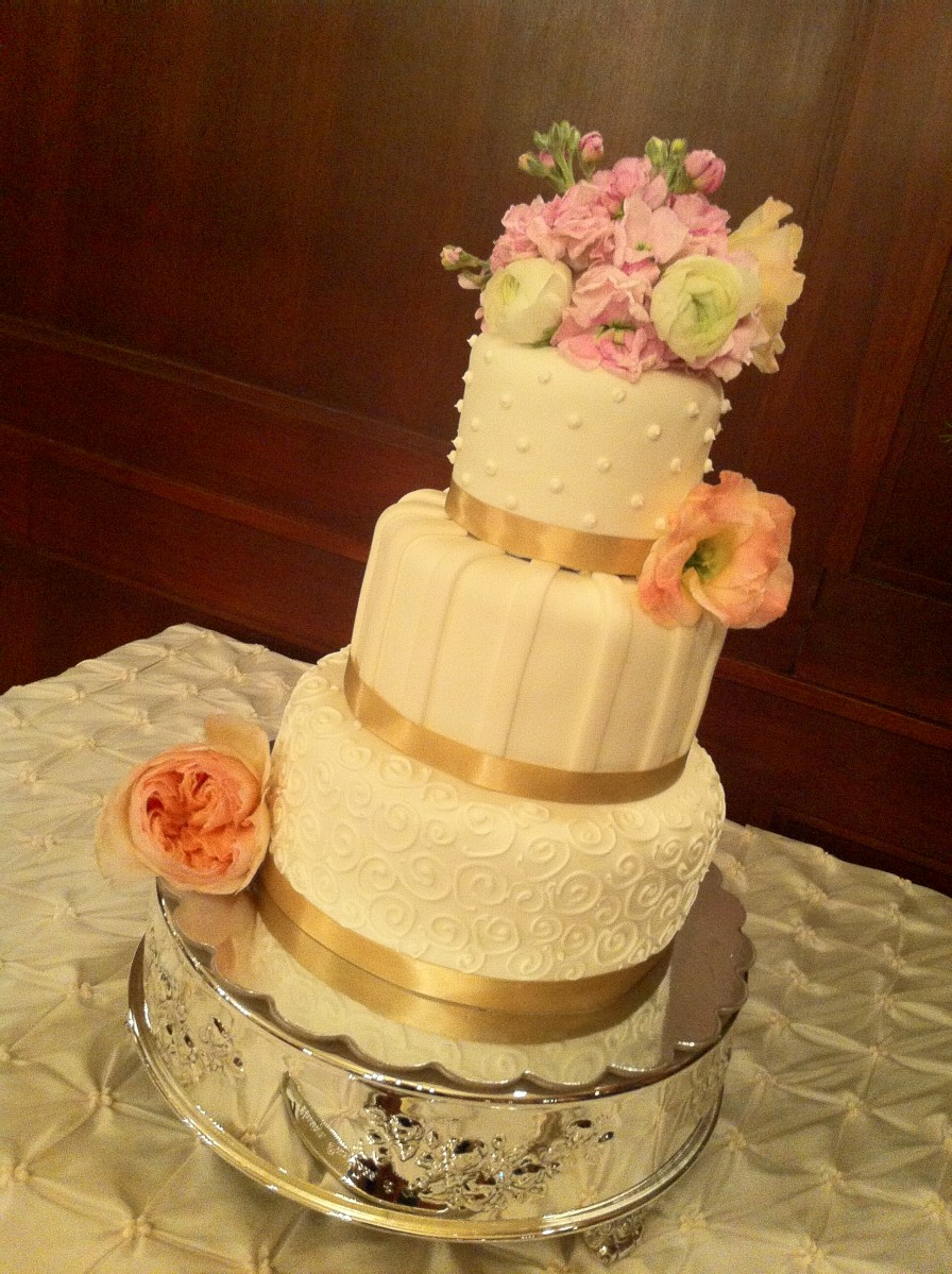 Miranda Ivory Wedding Cake With Accents And