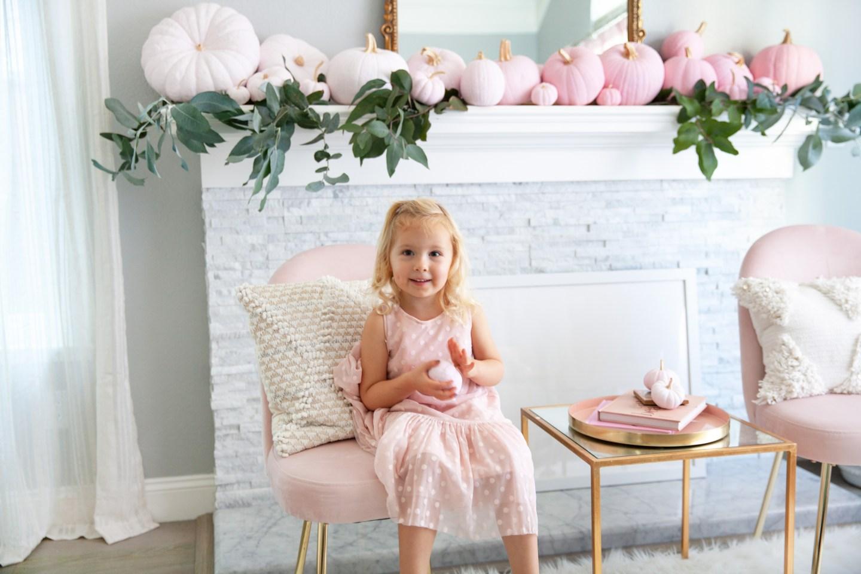 simple pumpkin diy decor tutorial | 5 Step Super Easy Ombre Pink Pumpkin Decor Tutorial featured by top San Francisco lifestyle blog, Lombard & Fifth