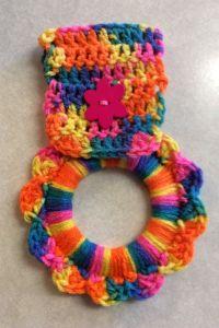crochet towel holder | http://lomets.com