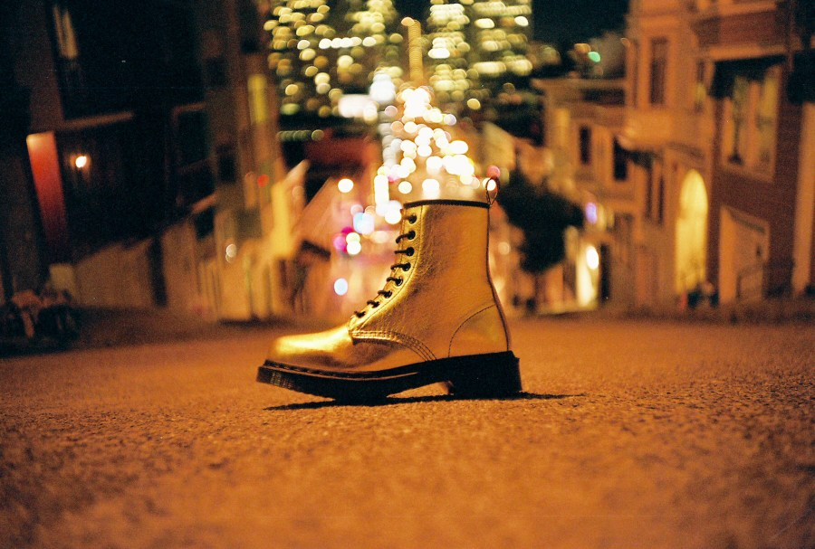 Dr Martens - gold boot