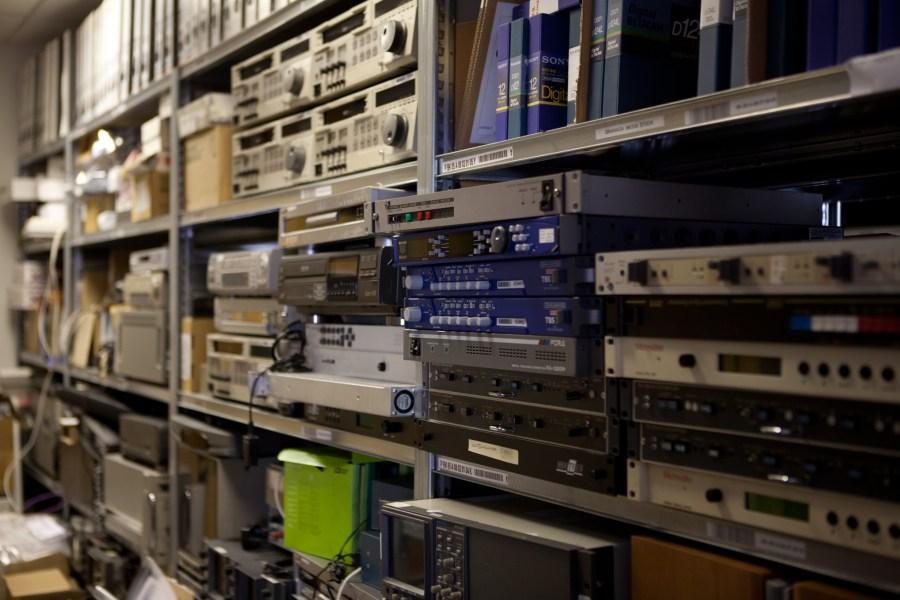 VHS, Betamax, Digibeta, U-matic etc.