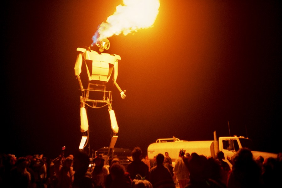 Burning Man 2005 flame throwing robot by Kevin Meredith