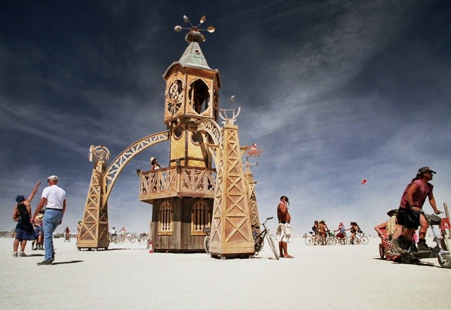 Burning Man 2005 art installation by Kevin Meredith