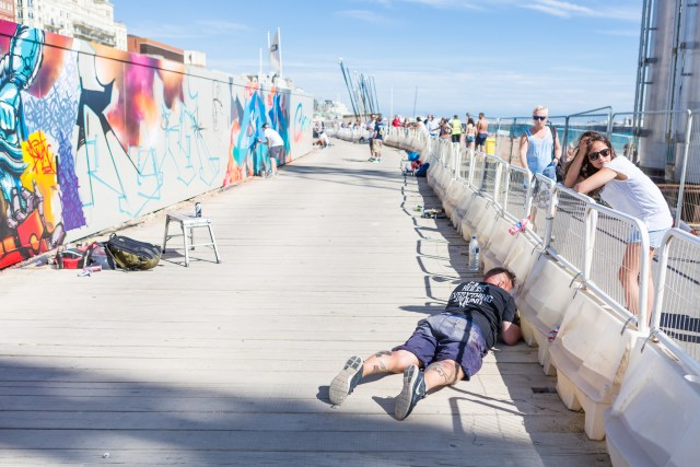 Graffiti artist Aroe