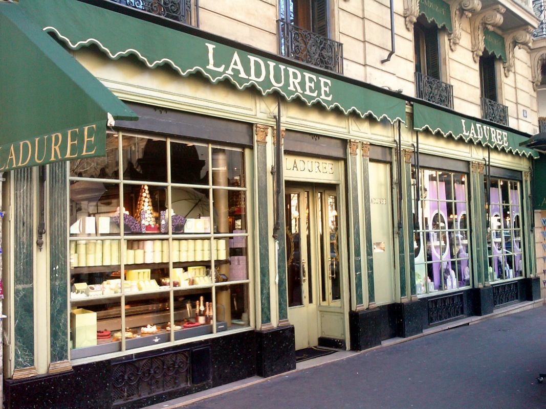 Laduree_01_Rue_Royale_2008