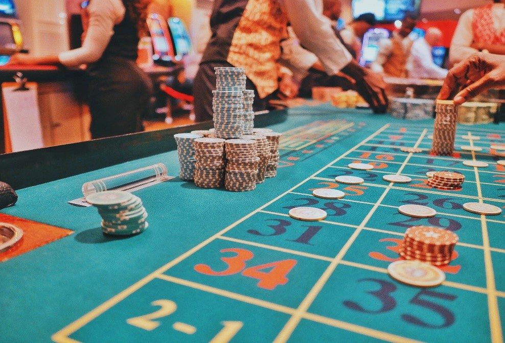 The excitement of real live dealer casino games | London Post