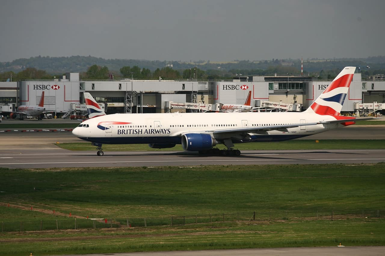 What are BA's plans to replace and refurbish its fleet? (2018