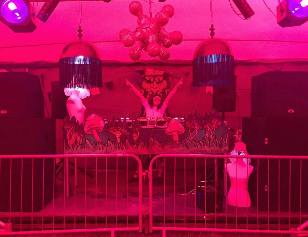 HogSozzle DJ Booth