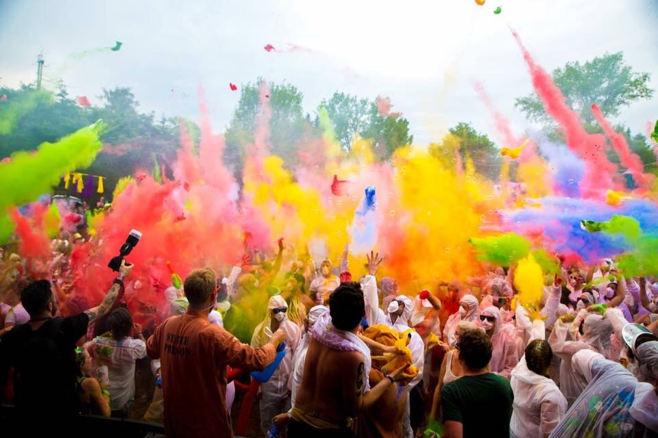 Paint Fight at HogSozzle - Photo by Nimbus Events UK