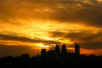 Three Reasons Why You Should Move to London - London Skyline & Sunset