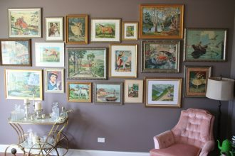 How to Create an Art Gallery Wall at Home
