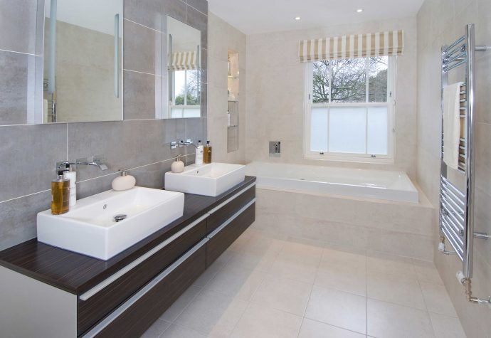 7 simple ideas to modernise your home - Bathroom Image From MillWoodDesignerHomes