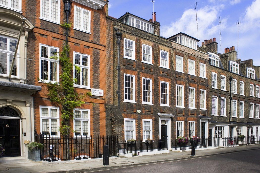 London Architectural Styles, Facades and Interiors Uncovered