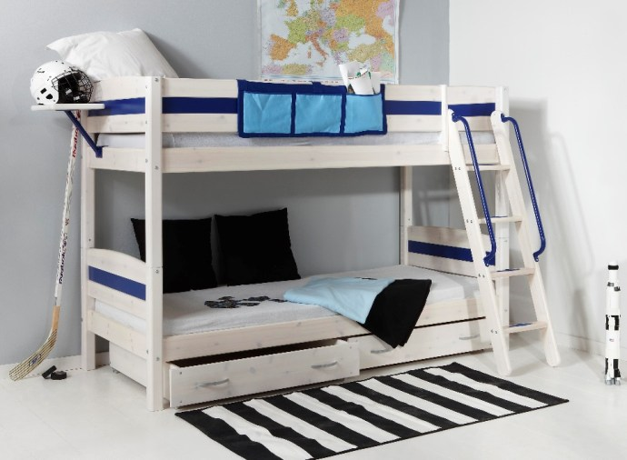 Design Tips: A Teens Bedroom For Sleep, Study And Socialising. Image Via RoomToGrow.co.uk