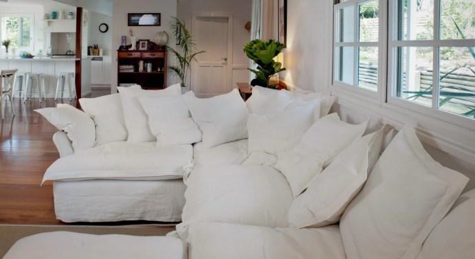 The Benefits Of A Bespoke Sofa - White Corner Sofa - Image Via MakerAndSon.com