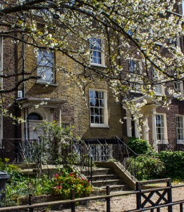 Houses built in 1770s on the Kennington Road