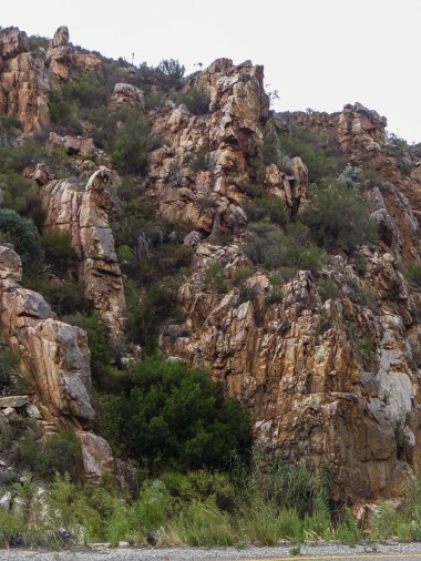 The R339 through the Uniondale Poort