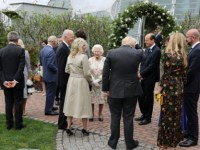 Regina Elisabeta a II-a a Marii Britanii a fost gazda unei recepţii la summitul G7, însoţită de prinţul William și prinţul Charles