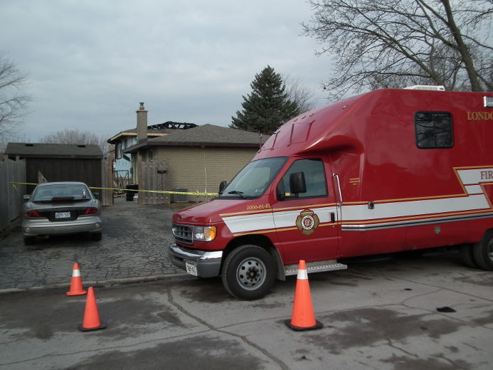 London Fire Investigation vehicle on scene at house fire on Cayuga Cres. Photo By John Miner, The London Free Press