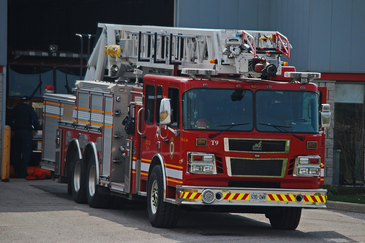 Truck 9 parked in front of Station 11