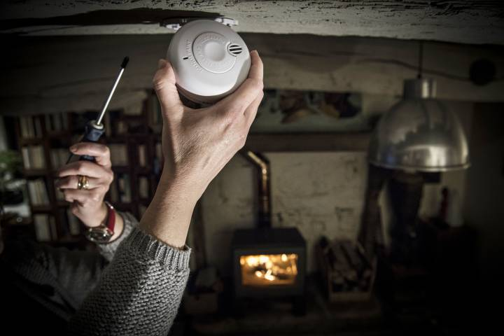 Installing a smoke detector