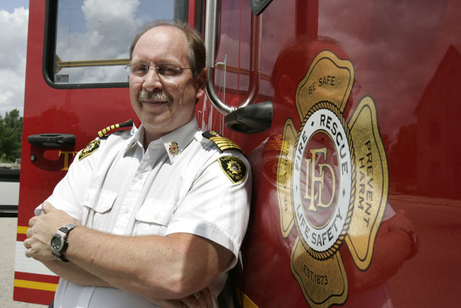 London Fire Chief Retires