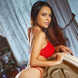Jessica 34D Stunning Marylebone Escort in London with Bang slim body and very busty tits