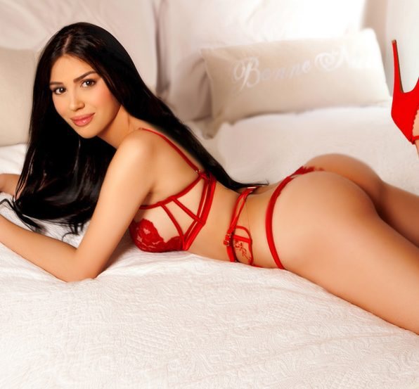 Diana Sexy Elite Brunette 34C Marylebone Escort in London