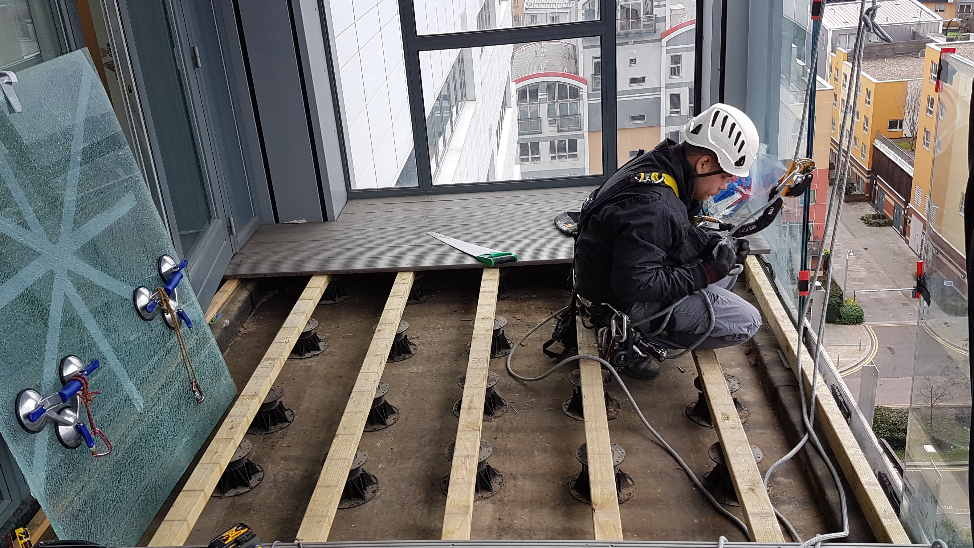 high level balcony glazing repairs