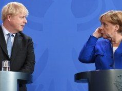 Boris Johnson tells Angela Merkel Brexit is possible