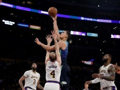 Lakers lose to Dallas Mavericks with Doncic leading the way