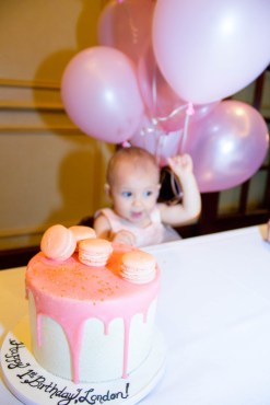 babys-first-birthday-party-checklist-22