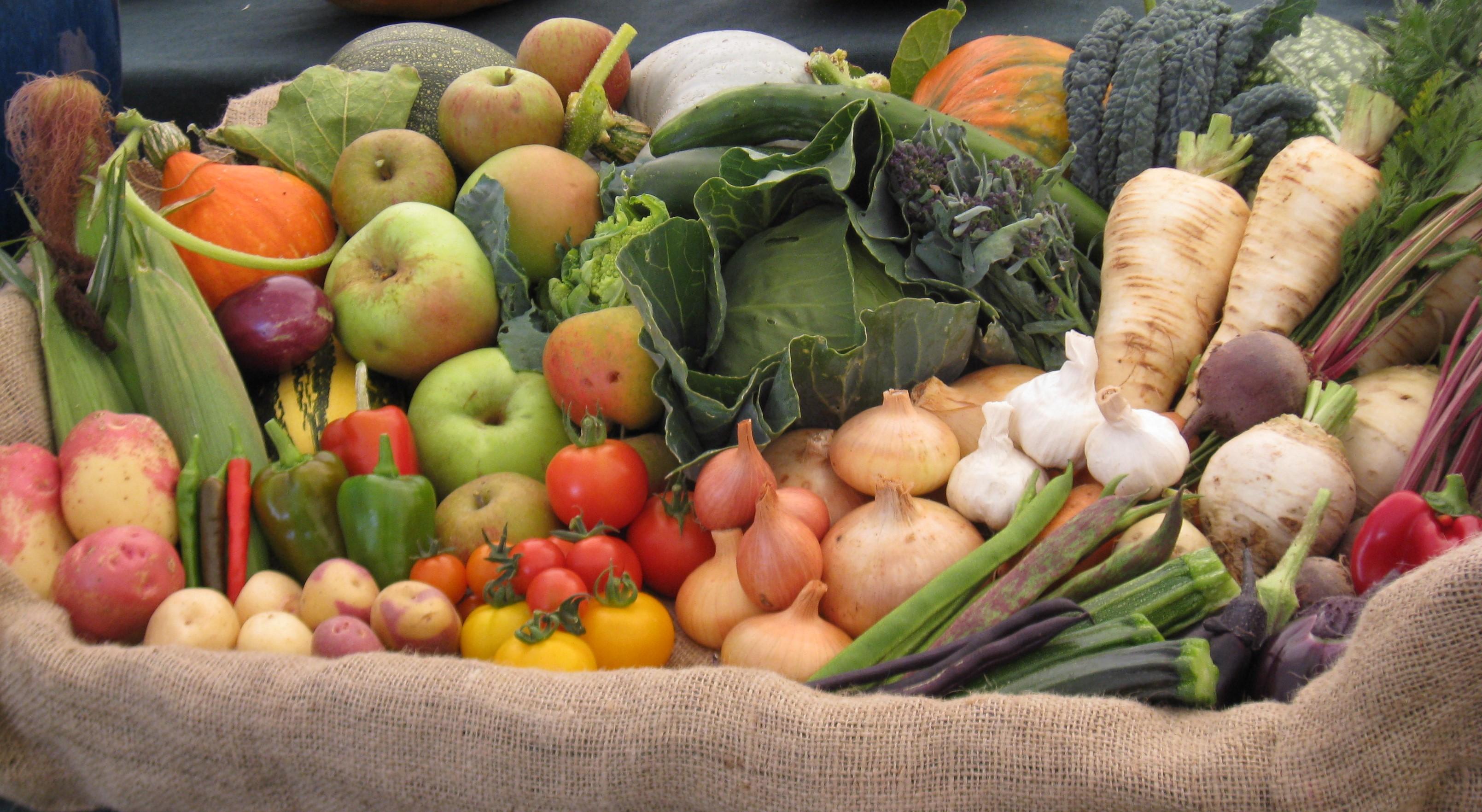 Best Fruit and Vegetable Display: Lamborne End