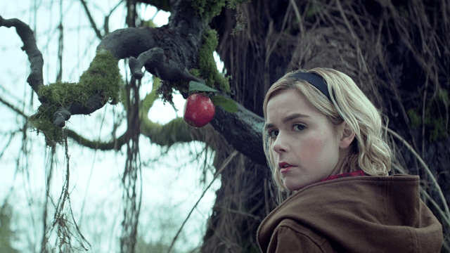 Sabrina by apple tree