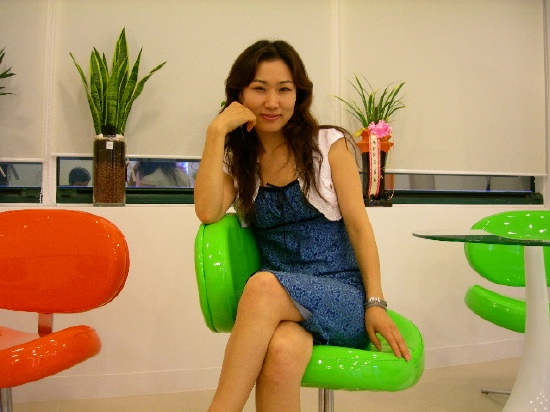 Nam-hee Kim (김남희) at the Michae Beauty Academy