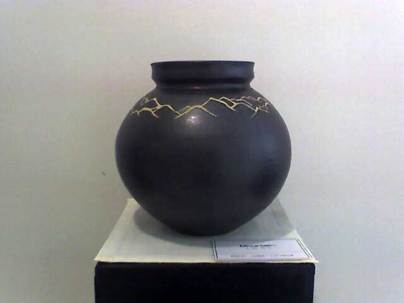 Vase with mountain design