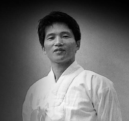 Lee Hak-cheon