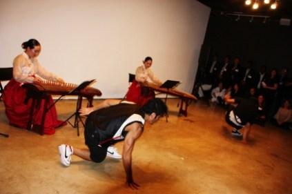 Breakdancing with Pachelbel (photo: Lee Hyung-wook)