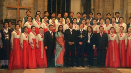 Suwon Civic Chorale - photo call with the mayors