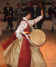 Nami Morris performs Jindo Buk Chum