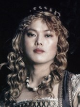 Bae Chan-hyo as Kate Winslet