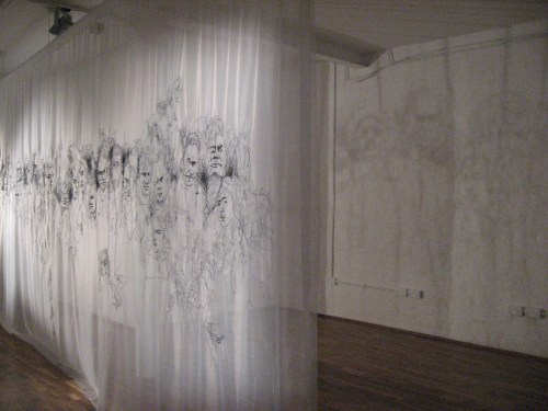 Hong Young-in's monumental embroidery and its shadow