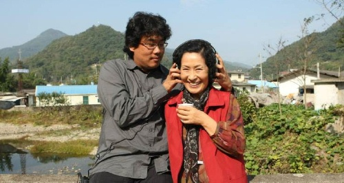 Bong Joon-ho with Kim Hye-ja on location
