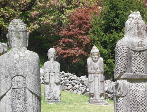 Statues in front of King Guhyeong's tomb