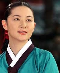 Lee Young-ae as Dae Jang Geum