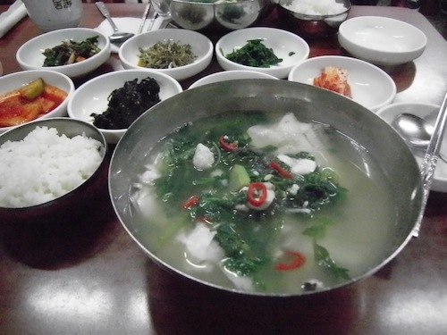 Dodarissukguk (도다리쑥국: flounder and mugwort soup)