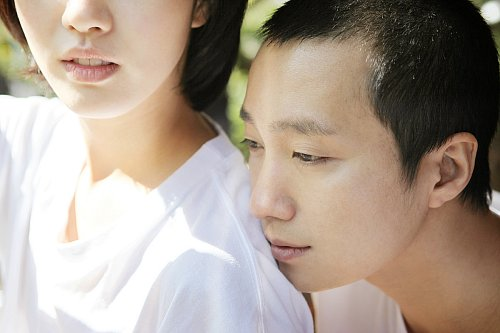 Jeok-yo imagines his younger self with Eungyo