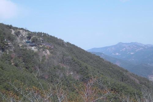 Beyond Jongchuiam Hermitage is Hwangmaesan