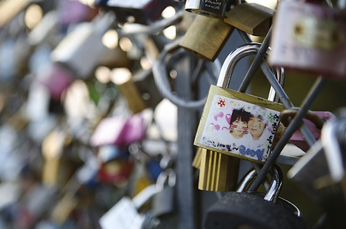 Padlocks on a Namsan Tower fence - photo by Jean Chung