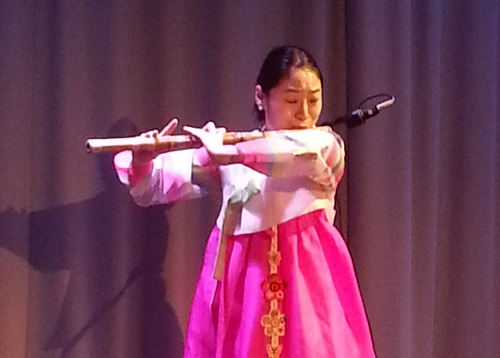 Kim Hyelim plays daegeum sanjo